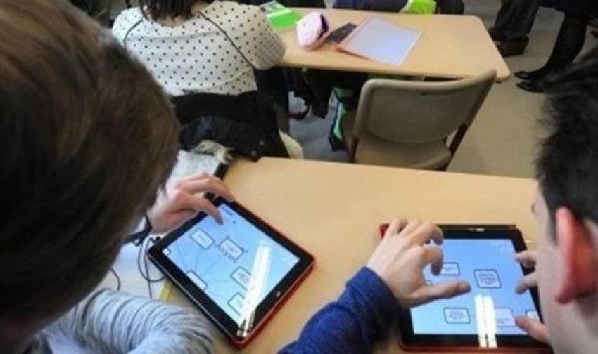 التعليم: ٩٨% من الطلاب نجحوا في تأدية الامتحان المنزلي بواسطة التابلت