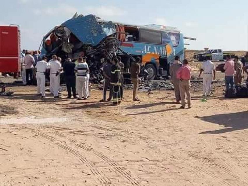 """حادث تصادم مروع  على طريق """"مطروح- إسكندرية"""""""