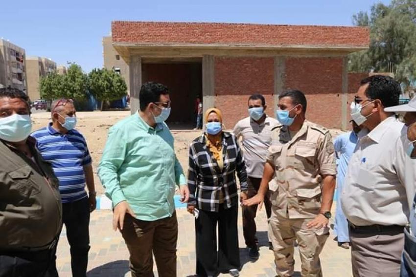 بناء علي تكليفات صقر: الدكتور عبدالله يتابع أعمال تطوير منطقة النواة بحي فيصل بالسويس