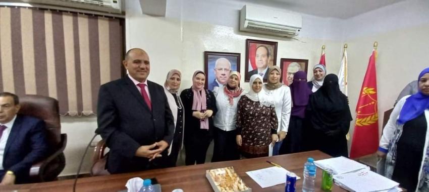 القوي العاملة : تسليم 130 شهادة اتمام التدريب على 3 مهن ببورسعيد