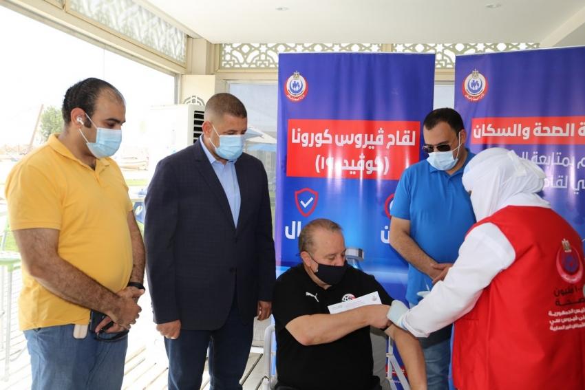 بالصور : المنتخب الأولمبي يحصل على لقاح فيروس كورونا خلال معسكره بمنطقة السخنة بالسويس
