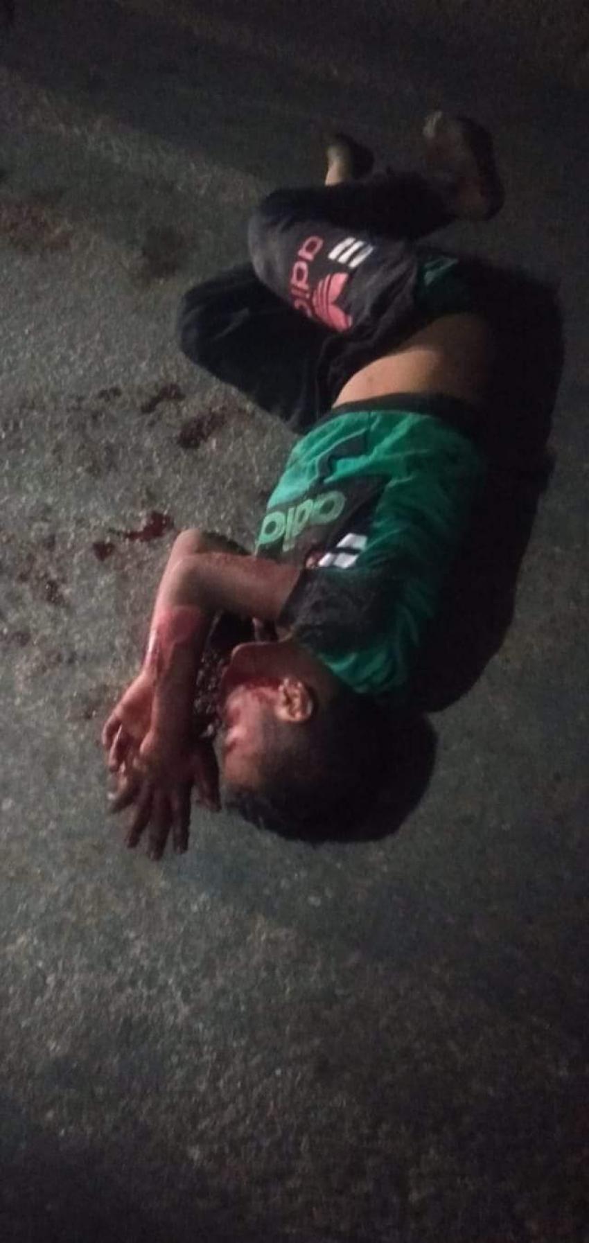 سائق ميكروباص يدهس طفل بشارع النيل بالسويس ويلقيه بجانب المقابر والكاميرات تفضحه!!
