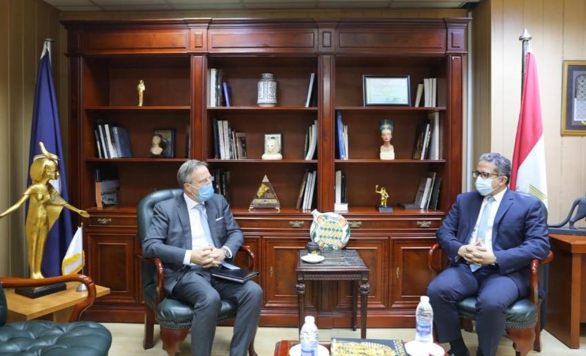 وزير السياحة والآثار يستقبل السفير سفين أولينج سفير دولة الدنمارك الجديد بالقاهرة