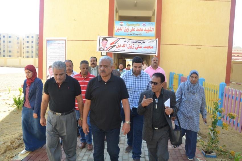 عبد المجيد صقر يؤكد علي التواصل بين المدرسين وأولياء الأمور للإرتقاء بالتعليم بمحافظة السويس