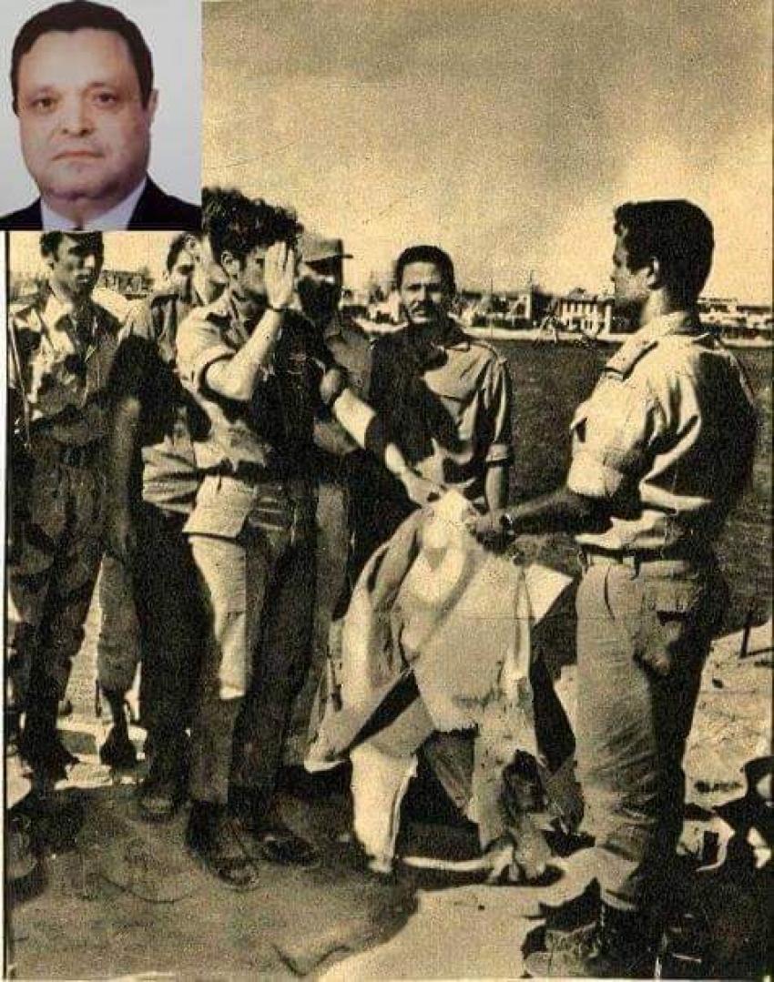 اللواء اح زغلول فتحي  صاحب الصورة الشهيرة لاستسلام حصن بور توفيق
