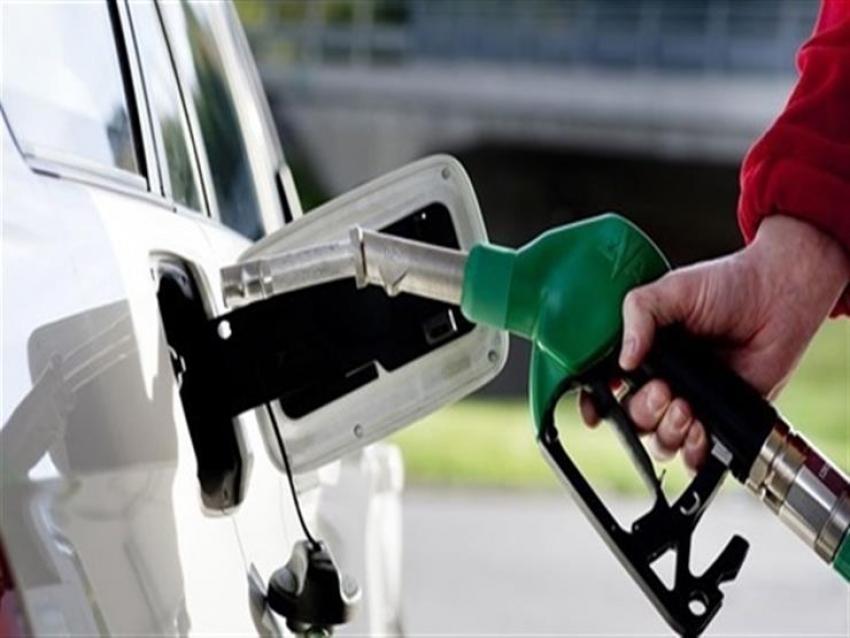 الحكومة تنفي انباء زيادة أسعار الوقود لهذا العام