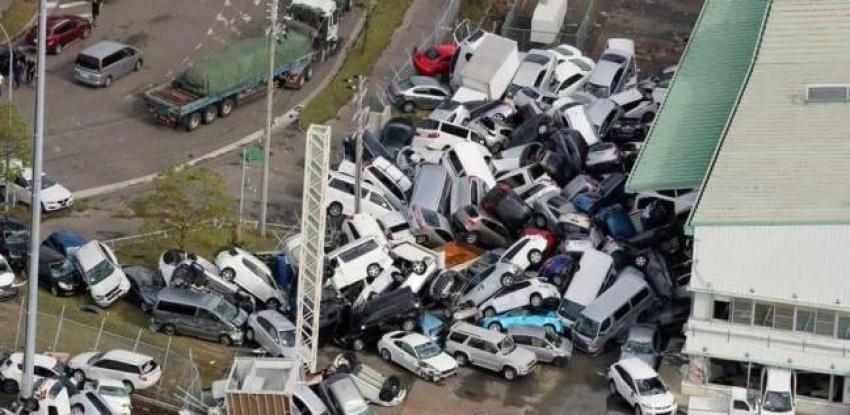 إعصار فلورنسا في أمريكا يقتل 5 أشخاص بينهم رضيع