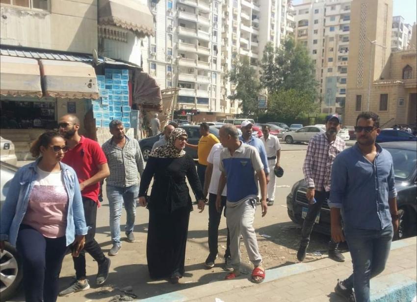 بالصور :حى السويس يقوم بحملة إزالة بنطاق الحى بالتنسيق مع شرطة المرافق