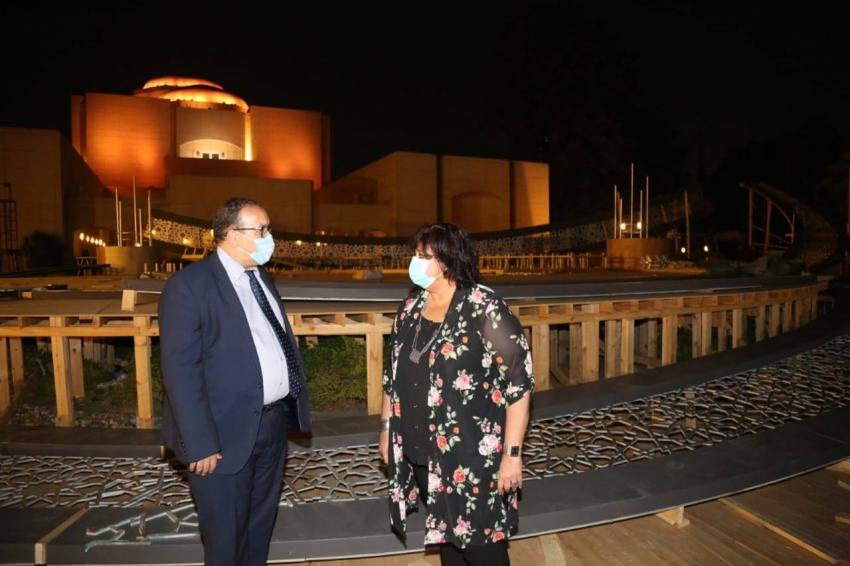 وزيرة الثقافة تتفقد مسرح النافورة الجديد بالاوبرا