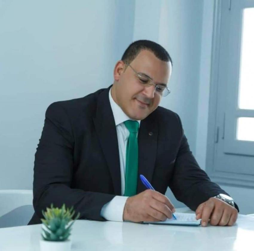 الحفناوى يقرر تشكيل لجنة لحصر العماله المؤقته بصحة السويس