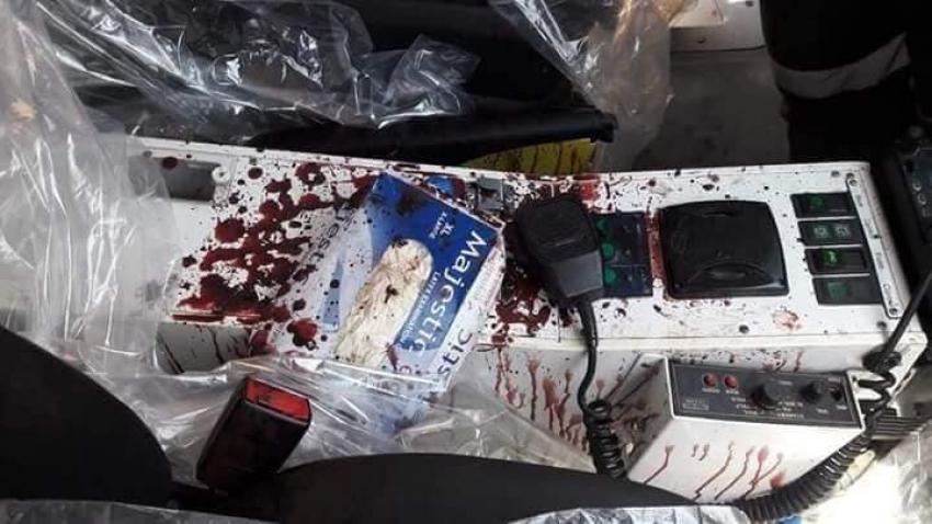 بالصور: عناصر تكفيرية تطلق النار على سيارة اسعاف وتصيب المسعف والسائق بشمال سيناء