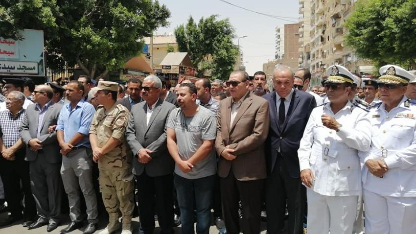 صور..السويس تودع ابنها العميد سامح فؤاد في جنازة عسكرية وشعبية مهيبة