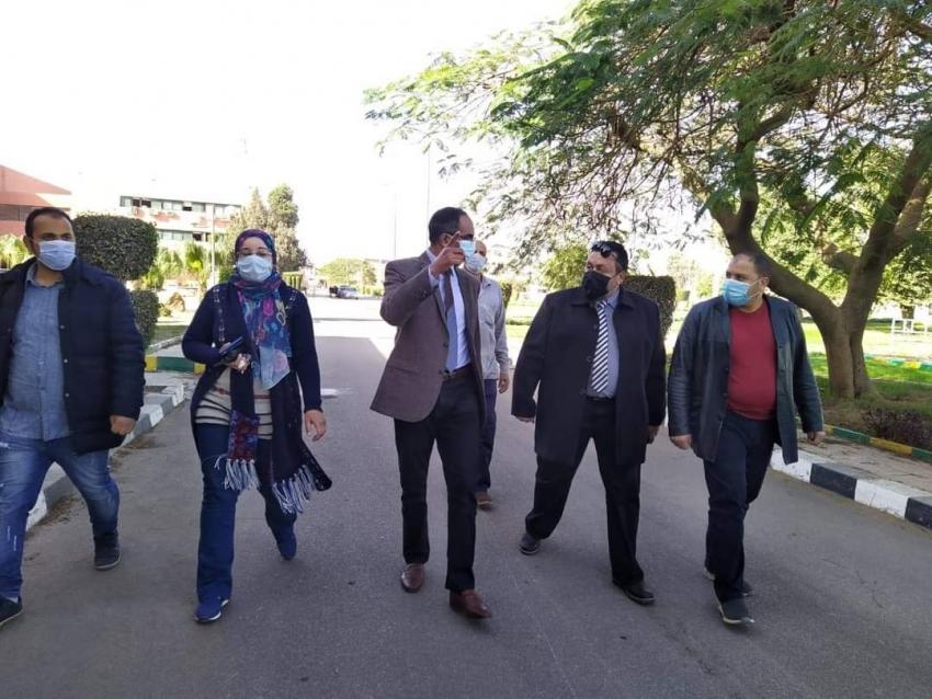 مسئولين بوزارة الإسكان يتفقدون محطة تنقية مياه الشرب بمنطقة الأميرية