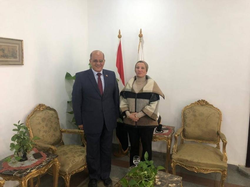 وزيرة البيئة تستقبل النائب طارق متولى لبحث ملفات القمامة والمخلفات الصناعية بالسويس