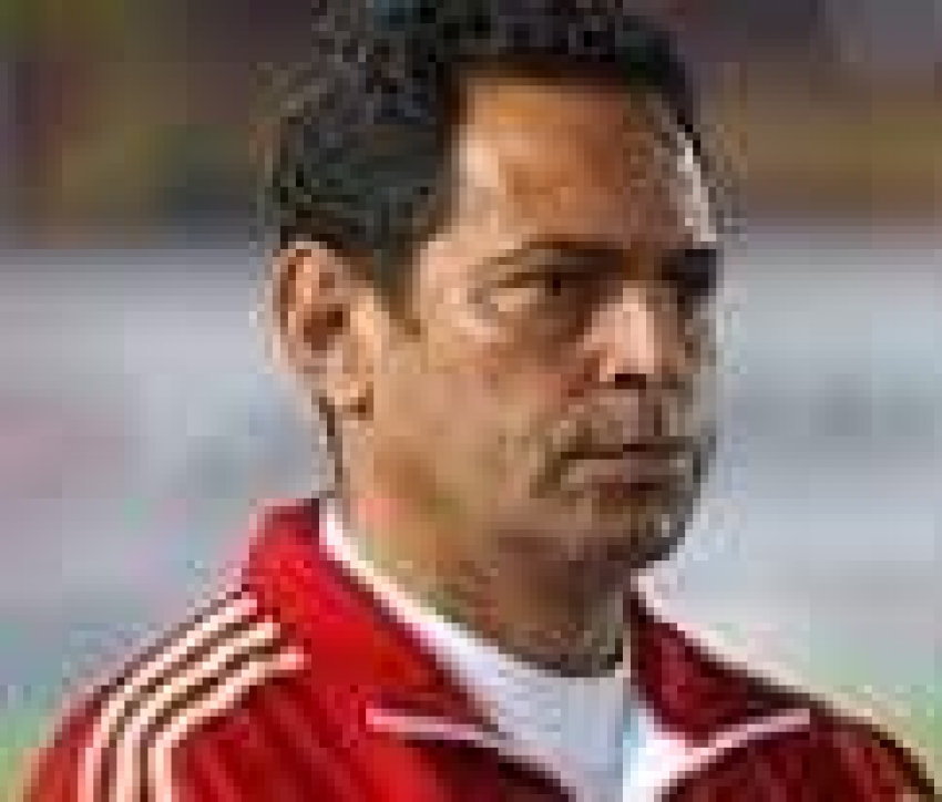 الفيفا يشيد بجهود محمود سعد لتطوير المواهب