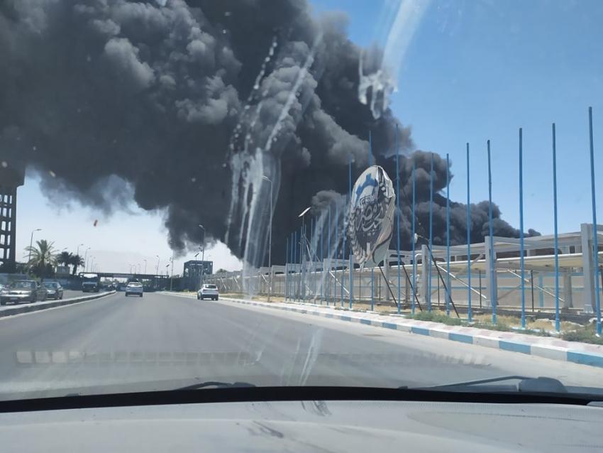 بالصور...حريق هائل في شركة السويس لتصنيع البترول