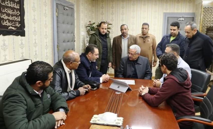 صقر يستقبل ممثلي نقابة المهندسين بالسويس
