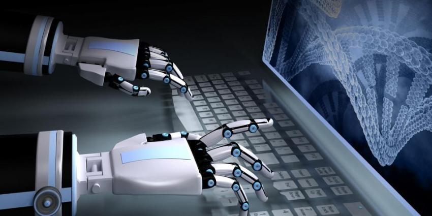 روبوت صحفي يكتب المقالة فى ثانية