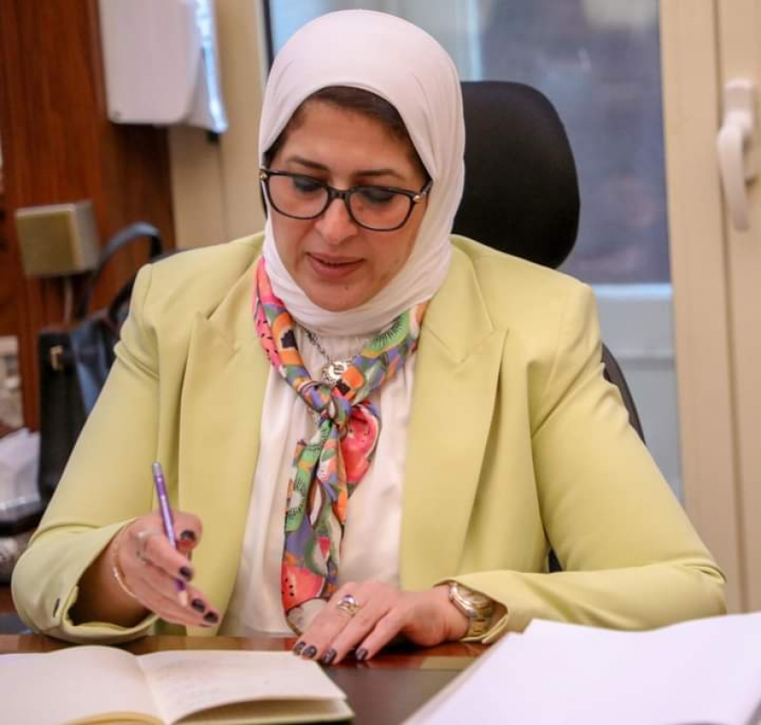 وزيرة الصحة: إجراء فحص الحمض النووي السريع لجميع الوافدين إلى مصر من الدول التي ظهر بها تحورات للفيروس
