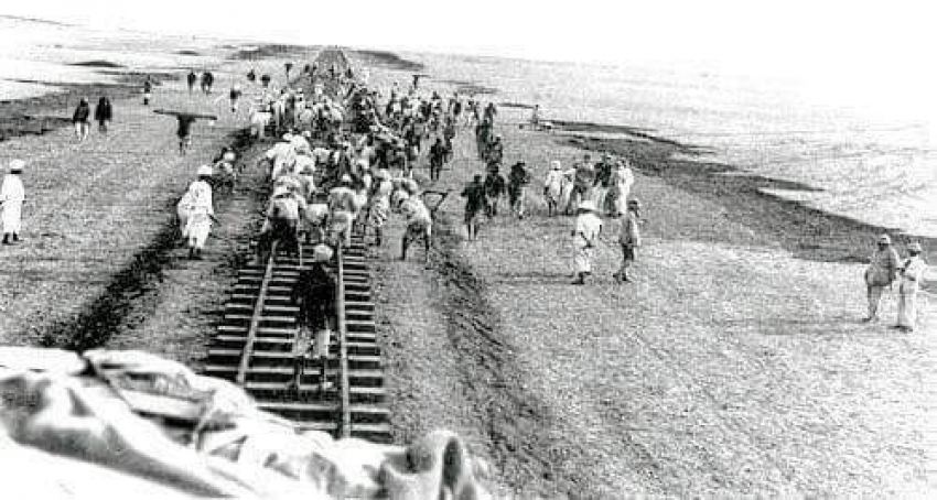 أول خط سكة حديد في تاريخ مصر والأول من نوعه في أفريقيا والوطن العربي