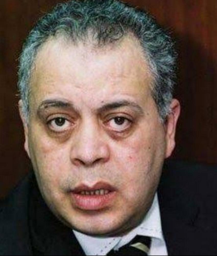 اشرف ذكى :  يبرر غياب الفنانون عن جنازة حسن حسني