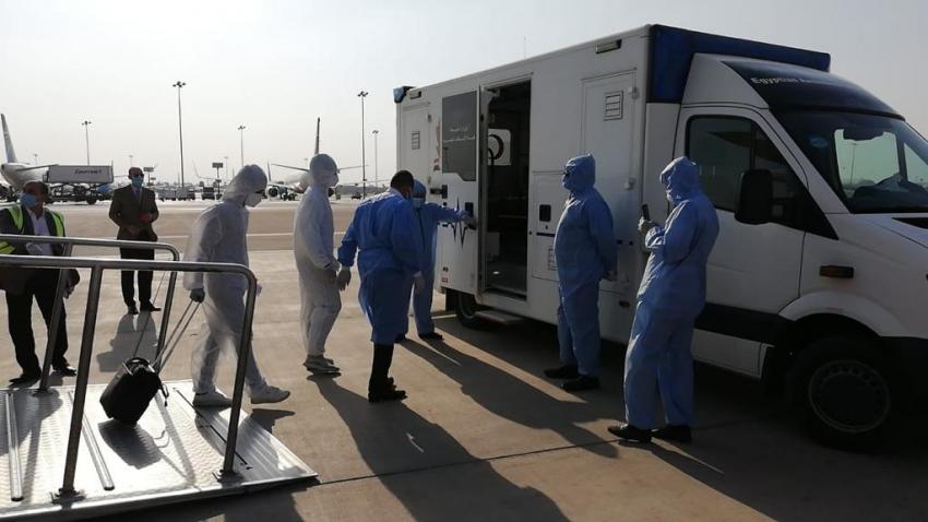 مطار القاهرة الدولي ينفذ تجربة طوارئ تطبيقا لإجراءات  السلامة الصحية والوقائية لمكافحة فيروس كورونا .