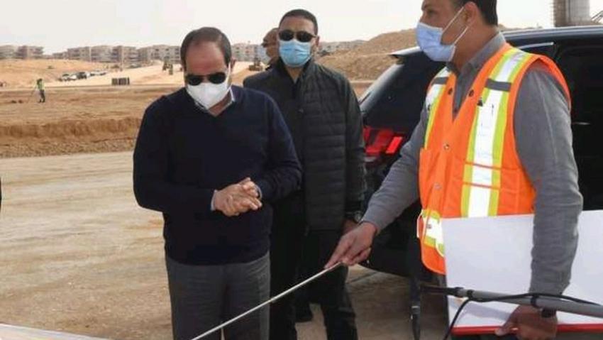 الرئيس عن مشروعات شرق القاهره:هنخلي ٣ ملايين عربيه تتحرك في (لا زمن)