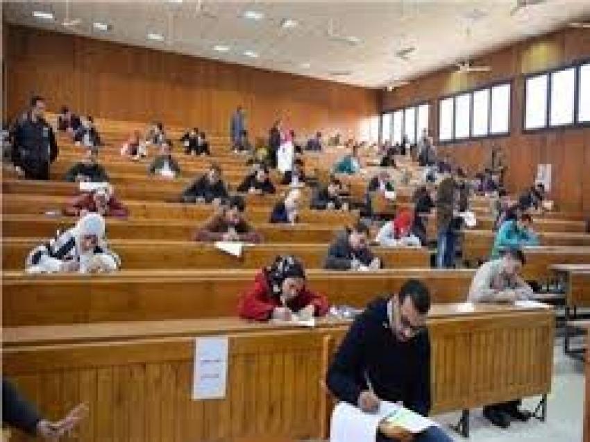 مجلس الوزراء ينفي منع الطلاب من اداء الإمتحانات حال عدم سداد المصروفات