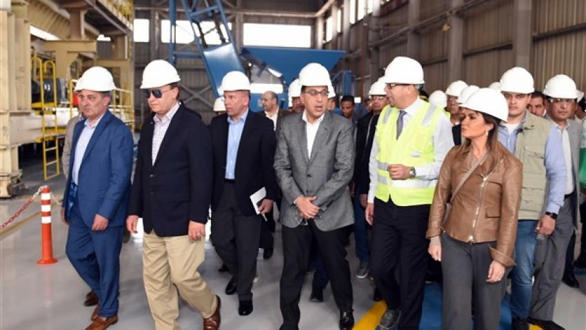 رئيس الوزراء يزور منطقة السويس للتعاون الاقتصادي والتجاري بين مصر والصين ( تيدا )