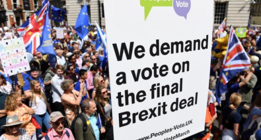 مظاهرات فى لندن للمطالبة باستفتاء حول الاتفاق النهائي لبريكست