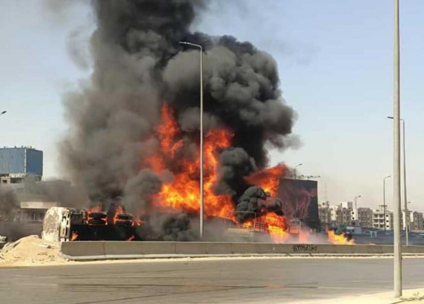 تفاصيل حادث الطريق الدائري: إصابة شخصين وتفحم 7 سيارات