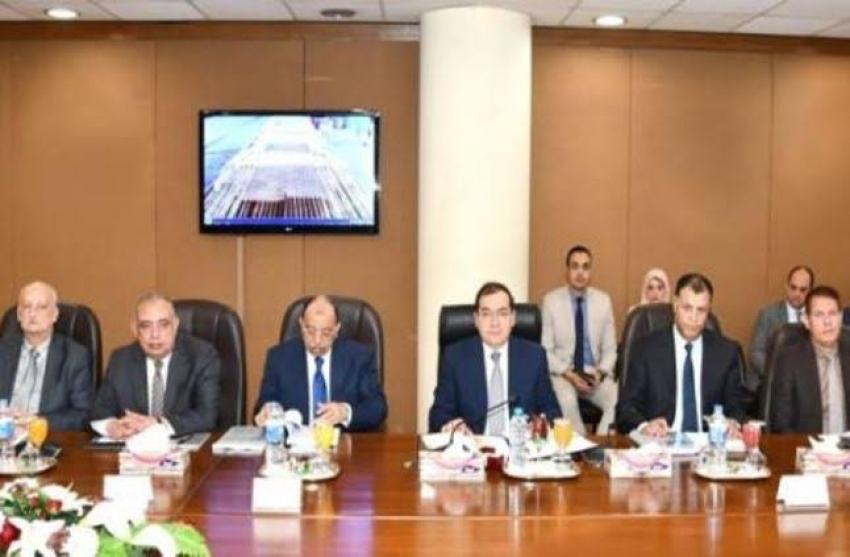 وزير البترول يعتمد نتائج الجمعية العمومية لشركتي بتروجاس وتكرير القاهرة