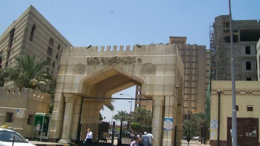 الأزهر يعلن إقامة صلاة الجمعة المقبل بأئمة الجامع وبدون جمهور