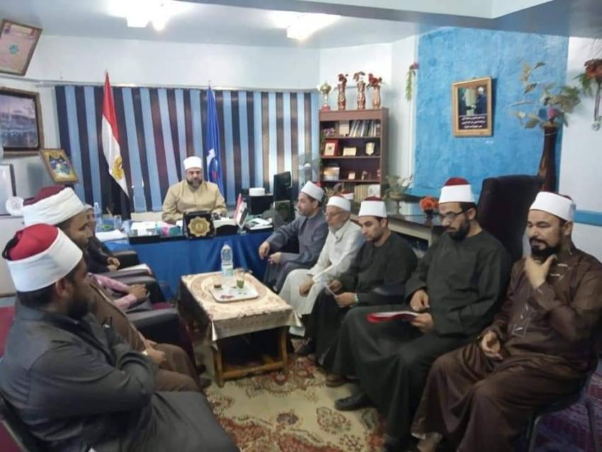أوقاف السويس: تعاون مع هيئة تعليم الكبار فتح فصول لمحو الامية بالمساجد