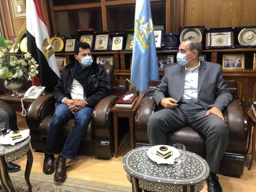 وزير الرياضية يصل كفر الشيخ استعدادا لافتتاحه فرع نادي City Club