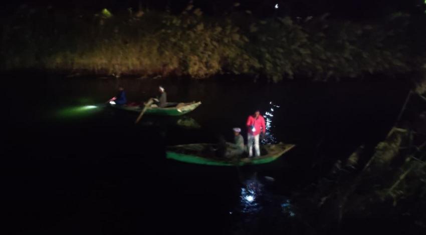 مصرع 7 أشخاص اثر انقلاب سيارة بنهر النيل بأسيوط