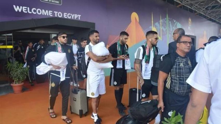 أمم أفريقيا .. منتخب الجزائر يغادر القاهرة بعد تتويجه بالبطولة