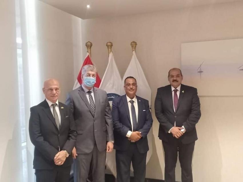 نواب حزب مستقبل وطن بالسويس ولقاء مع رئيس مجلس إدارة شركة بتروجيت