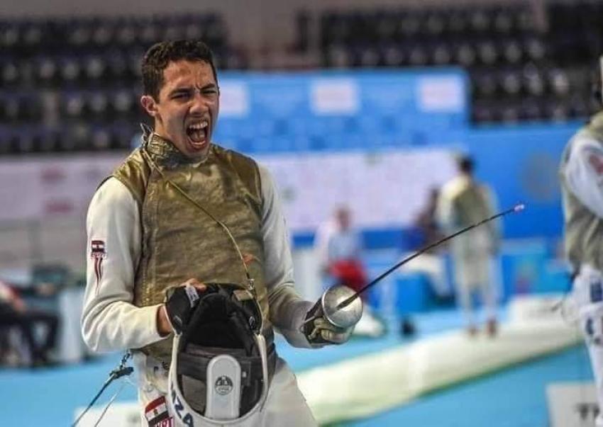 محمد حمزة يتوج بذهبية كأس العالم لشباب الشيش بعد تغلبه على بطل فرنسا