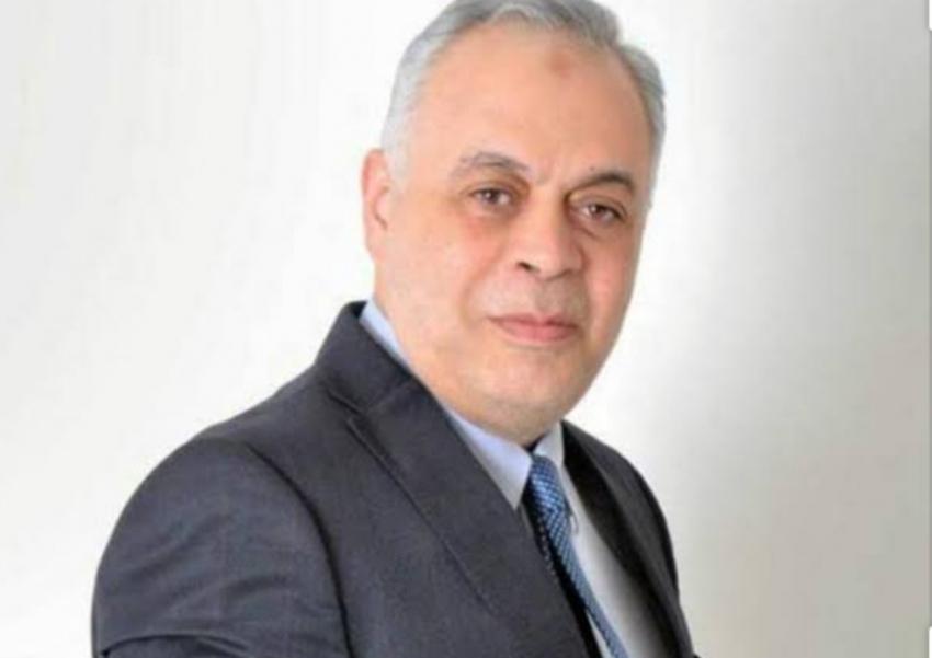 ذكى : لن نترك حق الفنان الراحل أحمد ذكى
