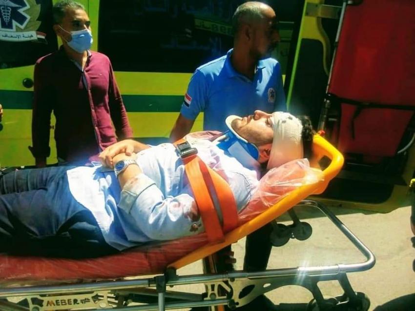 """إصابة 13 شخصًا من الفرق الطبية فى حادث إنقلاب ميني باص بطريق الغردقة - رأس غارب"""""""