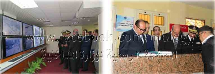 لجنة أمنية لتفقد أقسام الشرطة والمواقع الخدمية بمديرية أمن السويس وقافلة طبية للكشف الطبى على المحتجزين