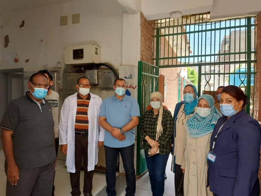 الحفناوى يتفقد الفرق الثابته بمستشفى العبور لحمله حقك تنظمى