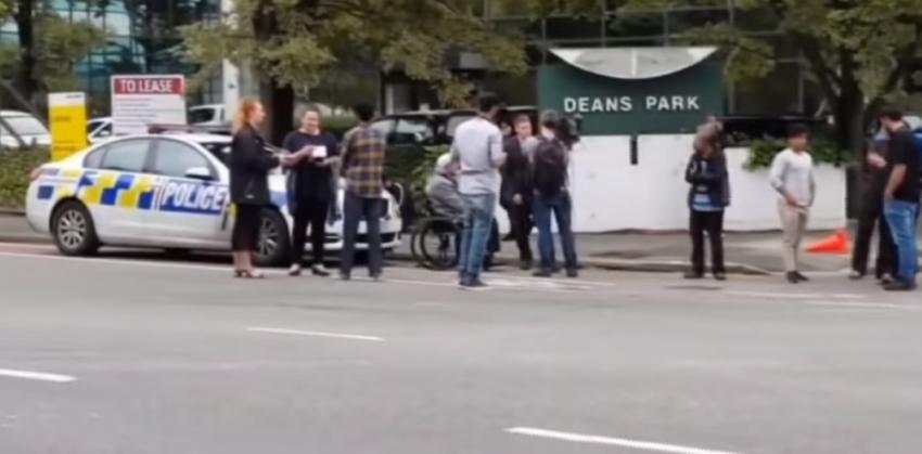 نيوزيلندا تعلن عن هجوم على مسجدين وقتل وإصابة العشرات