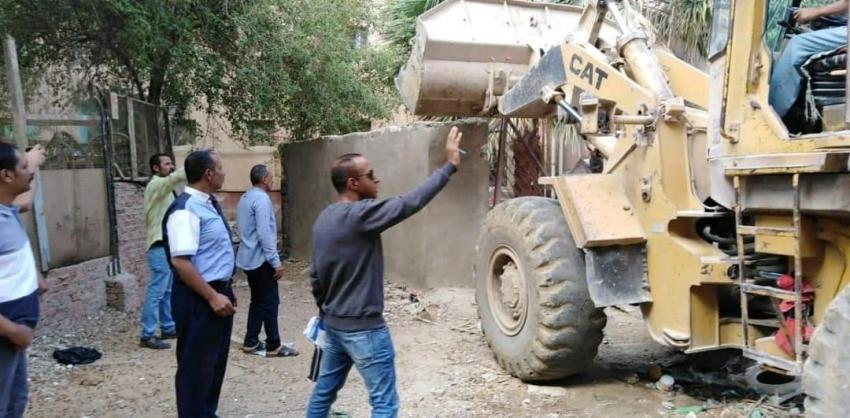 إزالة تعديات بنطاق حي فيصل بالسويس