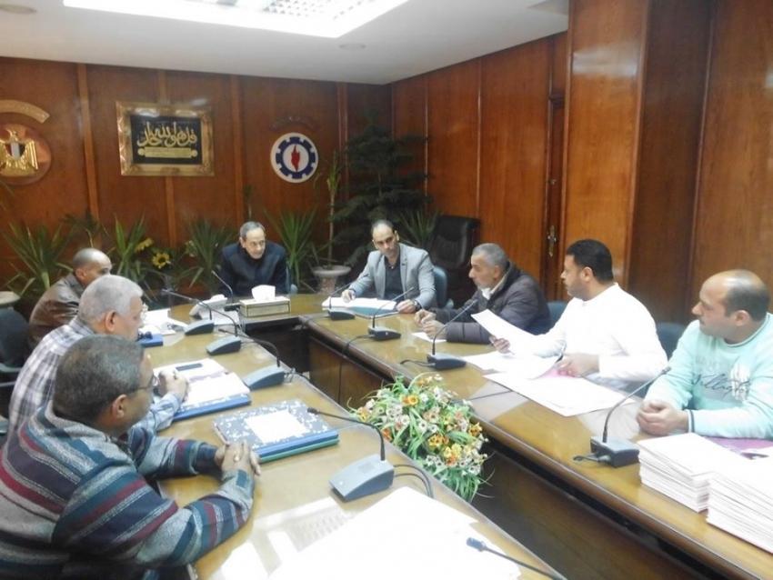 برامج وخطط لتنظيم العمل داخل ورش ومخازن محافظة السويس