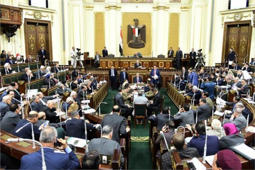 «النواب» يوافق على رفع الحصانة عن نائب متهم بتلقي رشوة مليوني جنيه