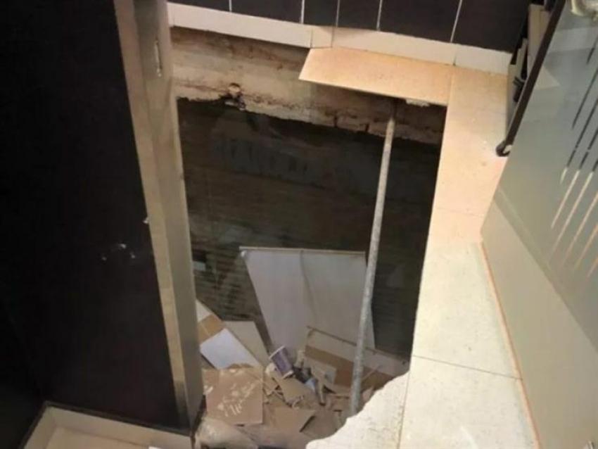مصرع عاملين إثر انهيار سقف (روف) فيلا بالقاهرة الجديدة