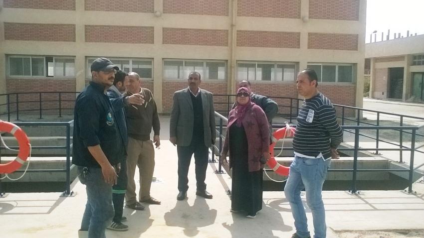 متابعة أعمال النظافة والتجميل بحي عتاقة وتطويرمحطة مياه ابوعارف
