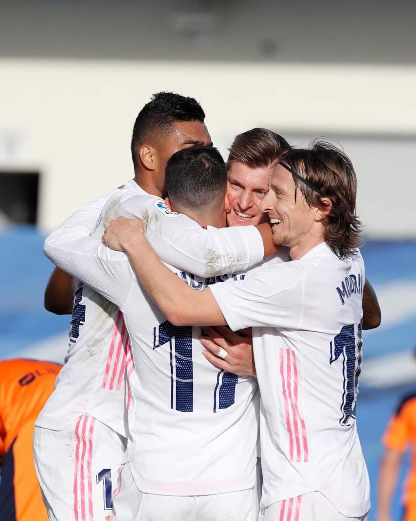ريال مدريد يصطدم بأتالانتا في أبرز مواجهات اليوم